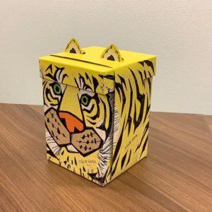 大阪みやげのトラ